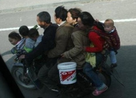 one-bike-eight-people-2